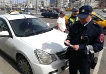 Московские инспекторы рассказали, где собирается больше всего таксистов с нарушениями